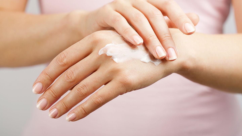 Handcreme: Die ideale Handpflege finden.